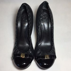 Tory Burch Shoes - Tory Burch Black Romy Mid Heel Pumps Size 7.5